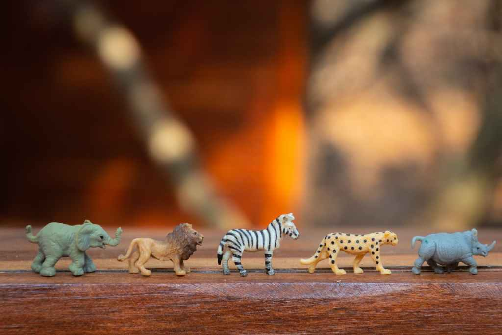 counting animals is a fun and playful way to teach counting to young children