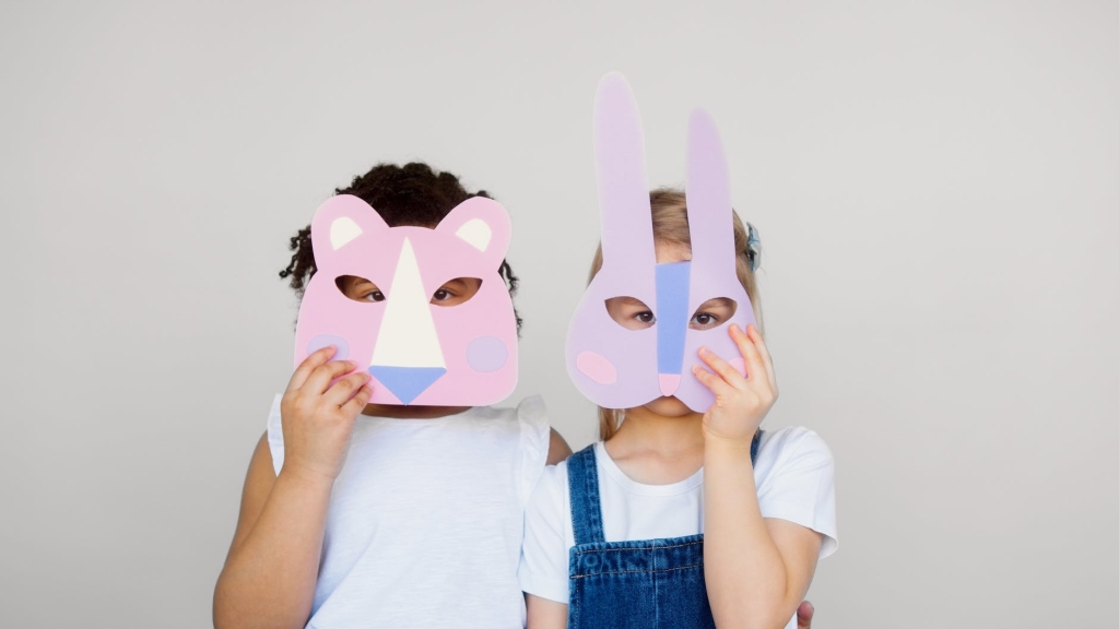 Craft is a cheap activity for children